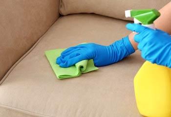 پاک کردن لکه مبل